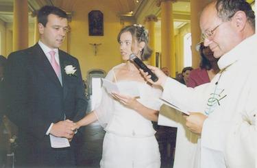 Dans notre paroisse, les mariages ont lieu le samedi entre 11.30h et 16h